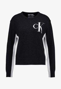 Calvin Klein Jeans - CK LOGO ARCHIVE - Svetr - mid grey heather - 4