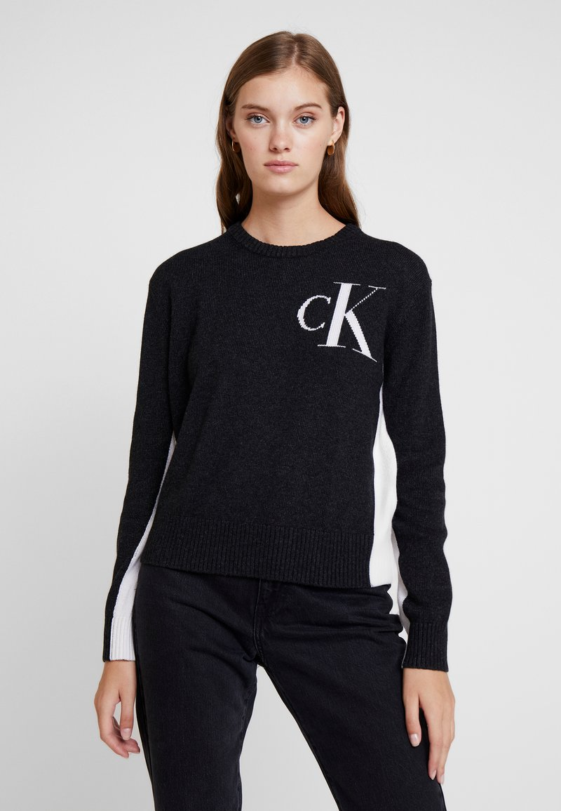 Calvin Klein Jeans - CK LOGO ARCHIVE - Svetr - mid grey heather