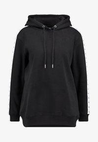 Calvin Klein Jeans - MONOGRAM TAPE HOODIE - Mikina skapucí - black - 3