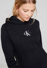 Calvin Klein Jeans - MONOGRAM BOXY HOODIE - Hoodie - black - 5