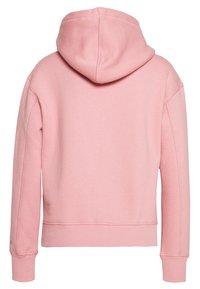 Calvin Klein Jeans - EMBROIDERY HOODIE - Hoodie - brandied apricot - 1
