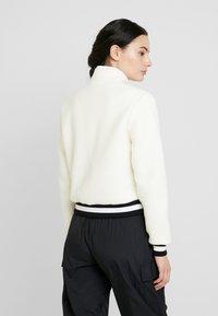 Calvin Klein Jeans - SHERPA HALF ZIP MOCK NECK - Forro polar - winter white - 2