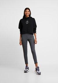 Calvin Klein Jeans - SMALL LOGO CROPPED BOYFRIEND HOODY - Hoodie - black beauty/silver logo - 1