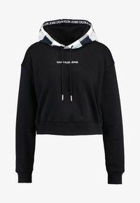 Calvin Klein Jeans - CHECK HOOD CROP HOODIE - Hoodie - black - 4