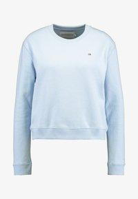 Calvin Klein Jeans - BOXY CREW NECK - Sweatshirt - skyway - 4
