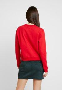 Calvin Klein Jeans - BOXY CREW NECK - Sweatshirt - barbados cherry - 2