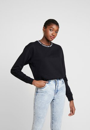 LOGO TAPE CROPPED CREW NECK - Sweatshirt - black