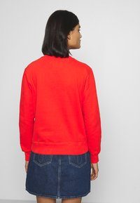 Calvin Klein Jeans - ROUND LOGO RELAXED - Sweater - fiery red - 2
