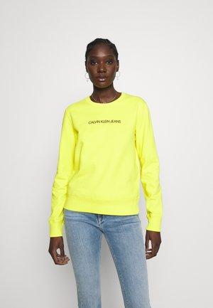 INSTITUTIONAL REGULAR CREW NECK - Collegepaita - solar yellow