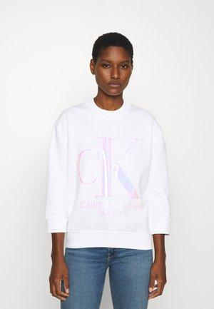 IRIDESCENT MONOGRAM - Sweatshirt - bright white