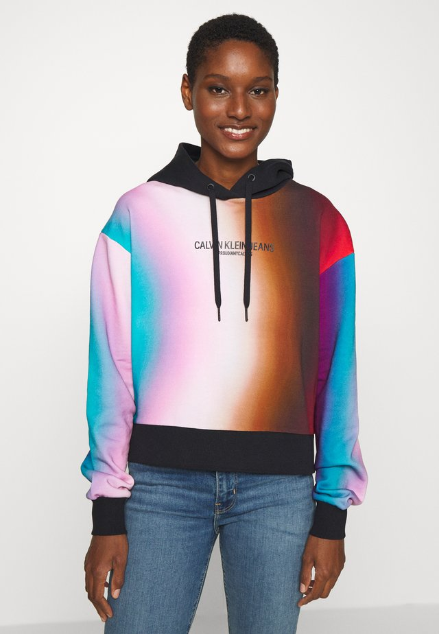 OVERSIZED CROPPED - Sweat à capuche - rainbow blur