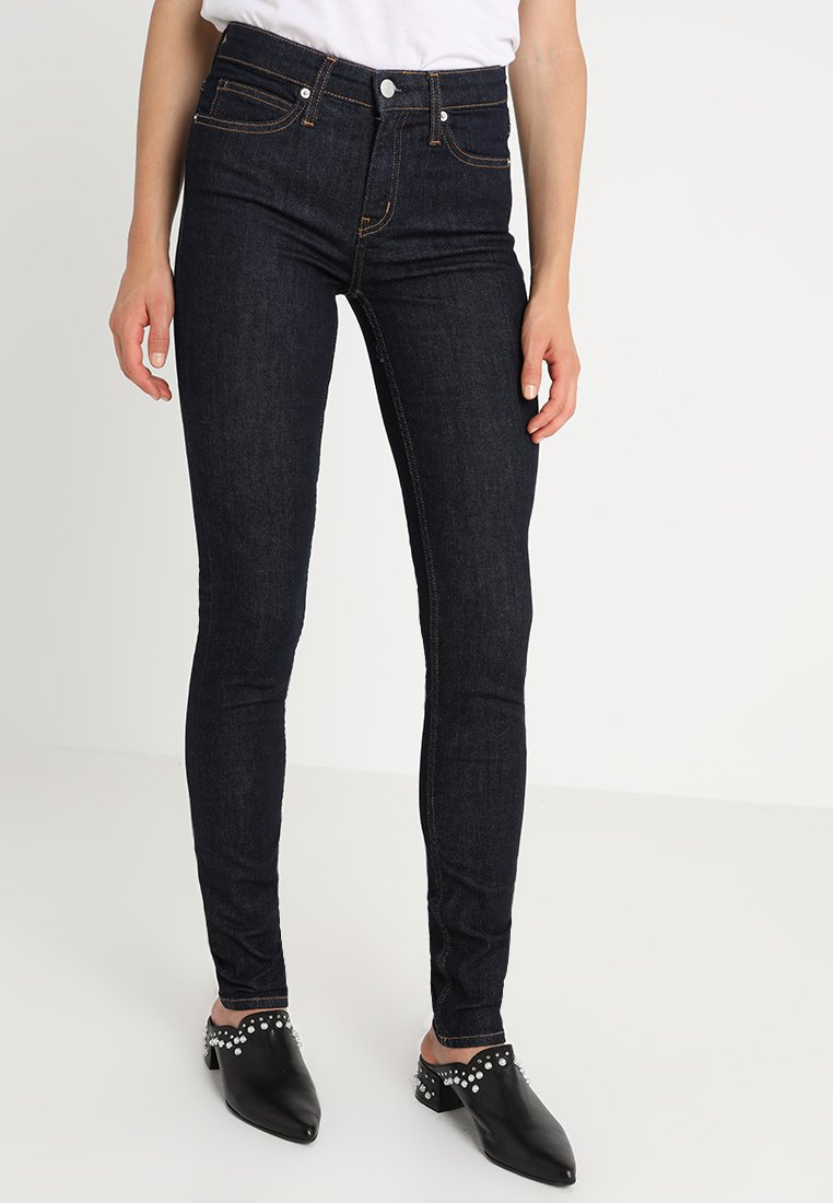 Calvin Klein Jeans - CKJ 011 MID RISE SKINNY  - Jeans Skinny Fit - amsterdam blue rinse