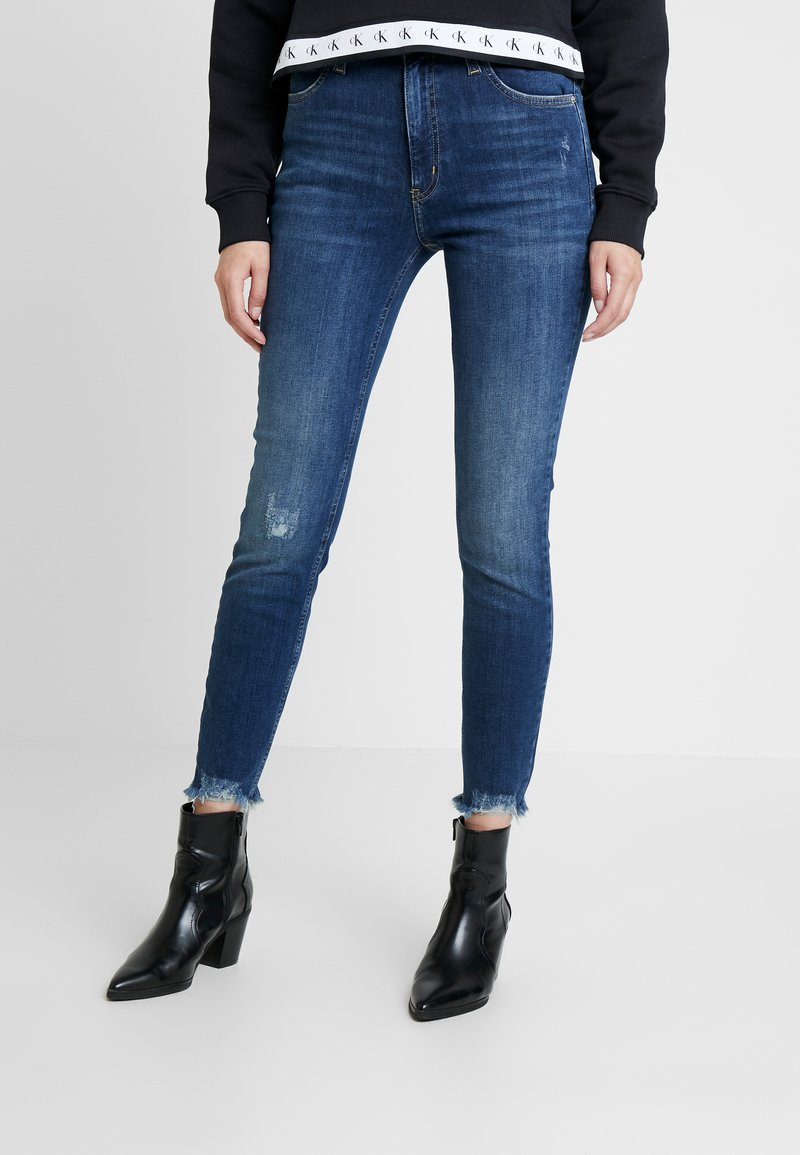 Calvin Klein Jeans - 010 HIGH RISE SKINNY ANKLE - Jeans Skinny Fit - aces high blue