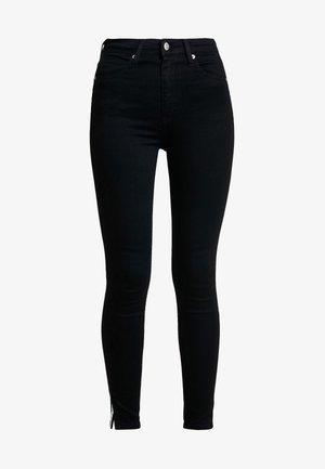 010 HIGH RISE SKINNY ANKLE - Jeans Skinny Fit - black smart