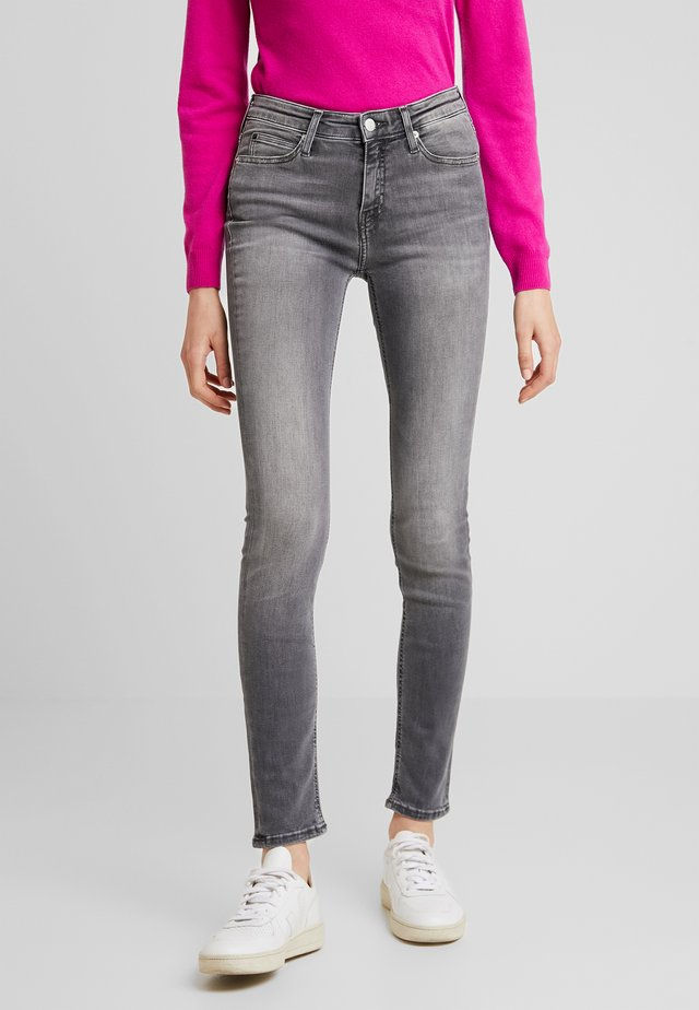 MID RISE SKINNY - Jeans Skinny Fit - mauricie black smart