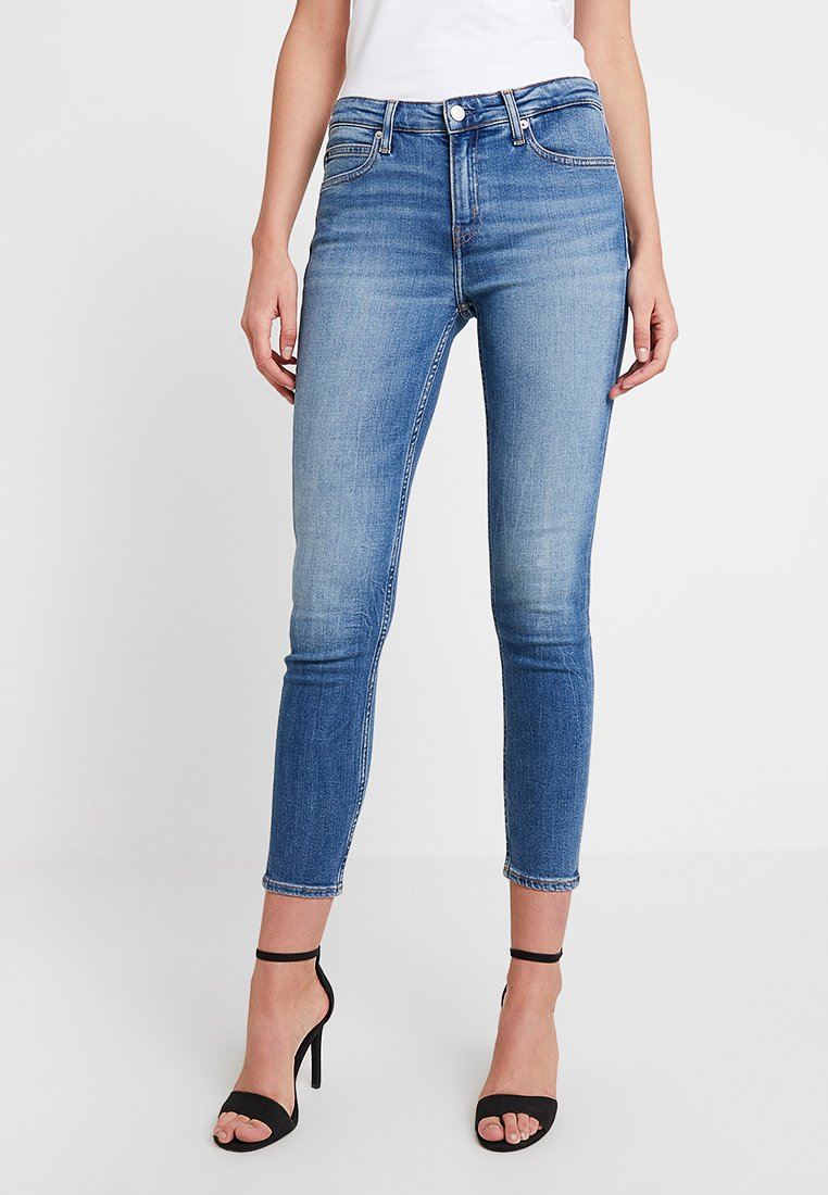 Calvin Klein Jeans - MID RISE ANKLE - Jeans Skinny Fit - saxon blue embroidery