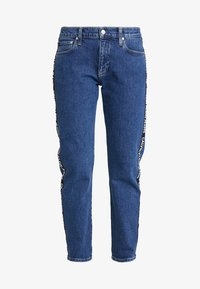 Calvin Klein Jeans - MID RISE BOY - Džíny Relaxed Fit - blue denim - 5