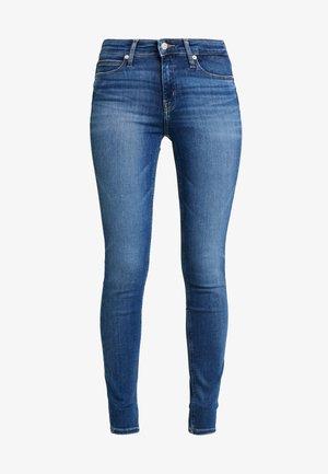 CKJ 011 MID RISE SKINNY - Jeans Skinny - carthage blue