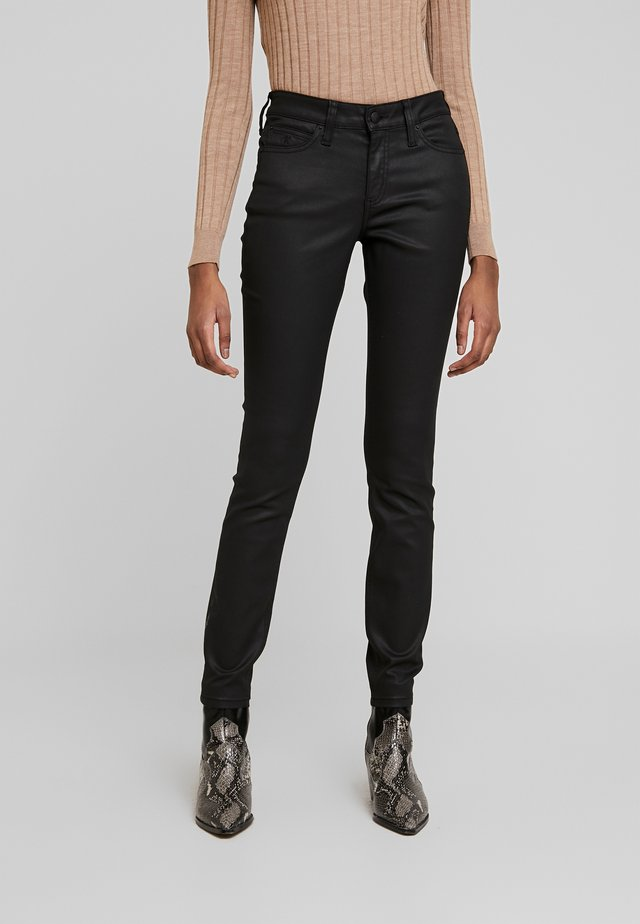 SUPER SKINNY - Jeans Skinny Fit - black coated denim