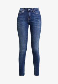 Calvin Klein Jeans - MID RISE SKINNY - Jeans Skinny Fit - blue dark - 4