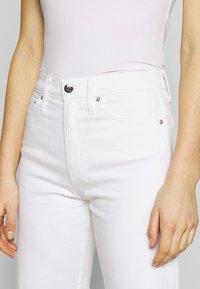 Calvin Klein Jeans - WIDE LEG - Široké džíny - white - 4