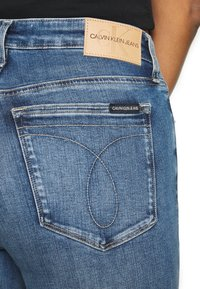 Calvin Klein Jeans - HIGH RISE SKINNY ANKLE - Skinny džíny - bright blue front - 3