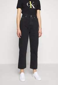 Calvin Klein Jeans - CK ONE DAD ANKLE - Relaxed fit jeans - black stone - 0