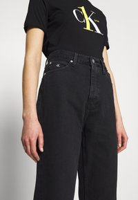 Calvin Klein Jeans - CK ONE DAD ANKLE - Relaxed fit jeans - black stone - 3