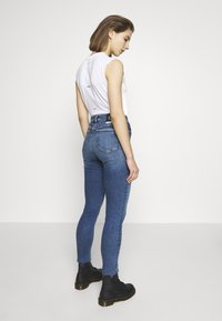 Calvin Klein Jeans - CK ONE HIGH RISE - Jeans Skinny - mid blue - 2
