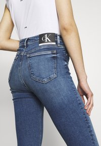 Calvin Klein Jeans - CK ONE HIGH RISE - Jeans Skinny - mid blue - 5