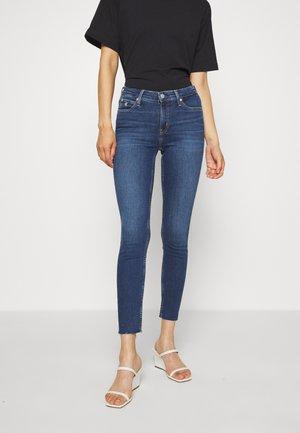 MID RISE SKINNY ANKLE - Jeans Skinny - dark blue embro
