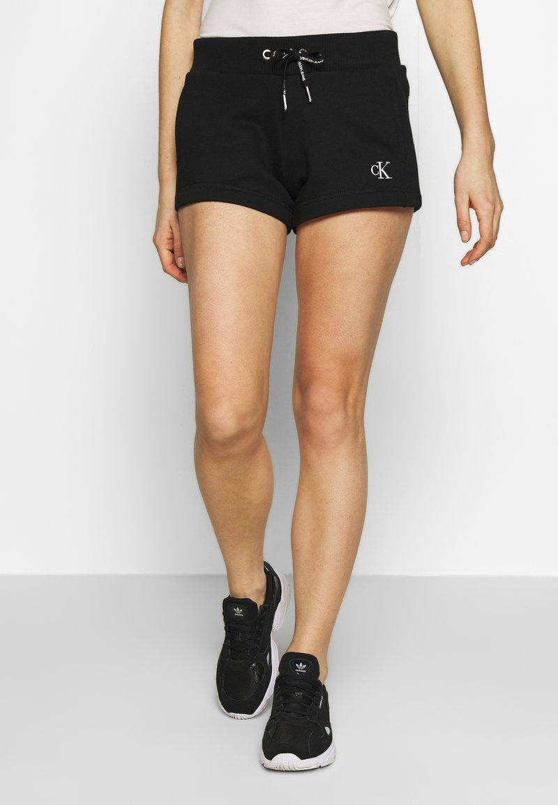 Calvin Klein Jeans - CK EMBROIDERY REGULAR SHORT - Shorts - black