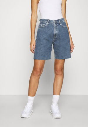 MOM - Jeansshorts - light blue