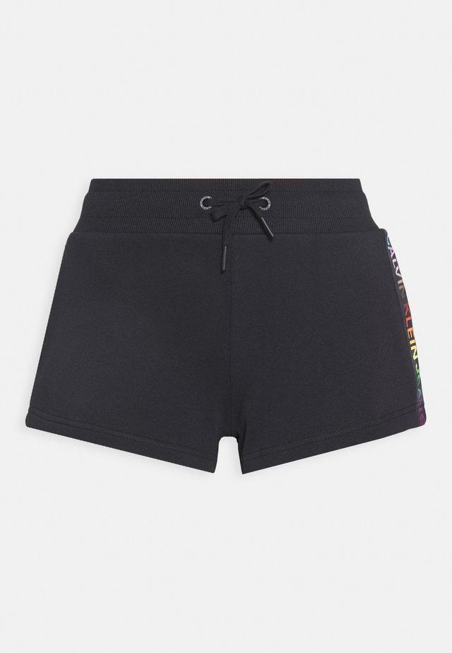 INSTITUTIONAL  - Shorts - black