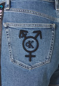 Calvin Klein Jeans - HIGH RISE  - Shorts di jeans - light blue - 2