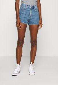 Calvin Klein Jeans - HIGH RISE  - Farkkushortsit - light blue - 0
