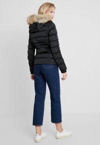 Calvin Klein Jeans - FITTED PUFFER - Dunjakke - black - 2