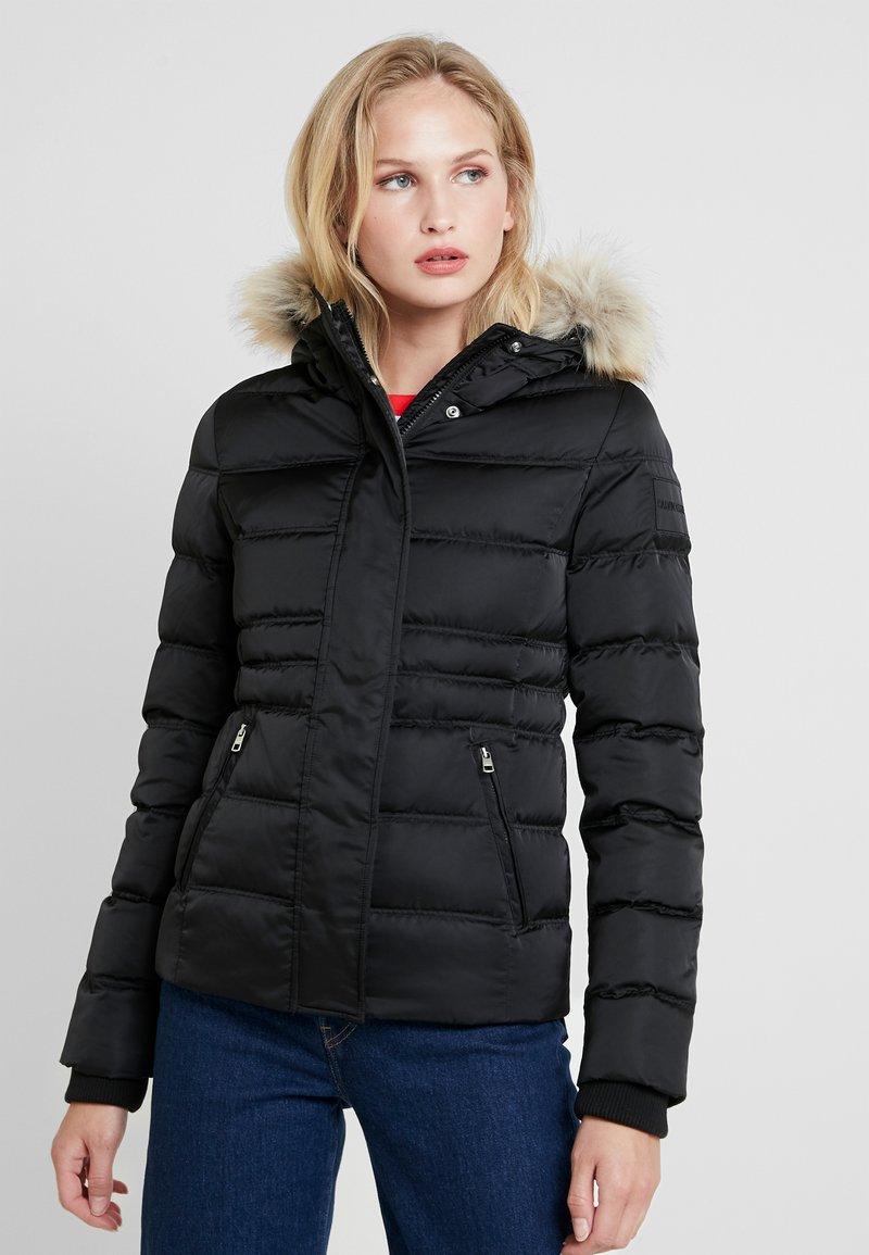 Calvin Klein Jeans - FITTED PUFFER - Dunjakke - black