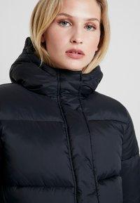 Calvin Klein Jeans - MONOGRAM TAPE PUFFER - Veste d'hiver - black - 3