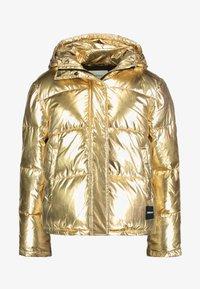 Calvin Klein Jeans - PUFFER JACKET - Vinterjakke - gold - 4
