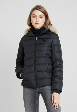 SHORT FITTED PUFFER - Välikausitakki - black