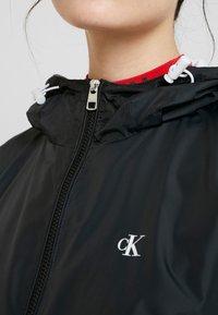 Calvin Klein Jeans - POP COLOUR UNPADDED WINDBREAKER - Windbreaker - black/bright white - 3
