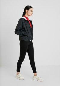 Calvin Klein Jeans - POP COLOUR UNPADDED WINDBREAKER - Windbreaker - black/bright white - 1