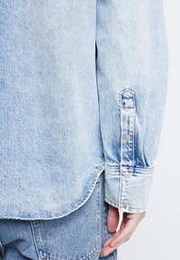 Calvin Klein Jeans - FOUNDATION WESTERN - Camicia - light-blue denim - 5