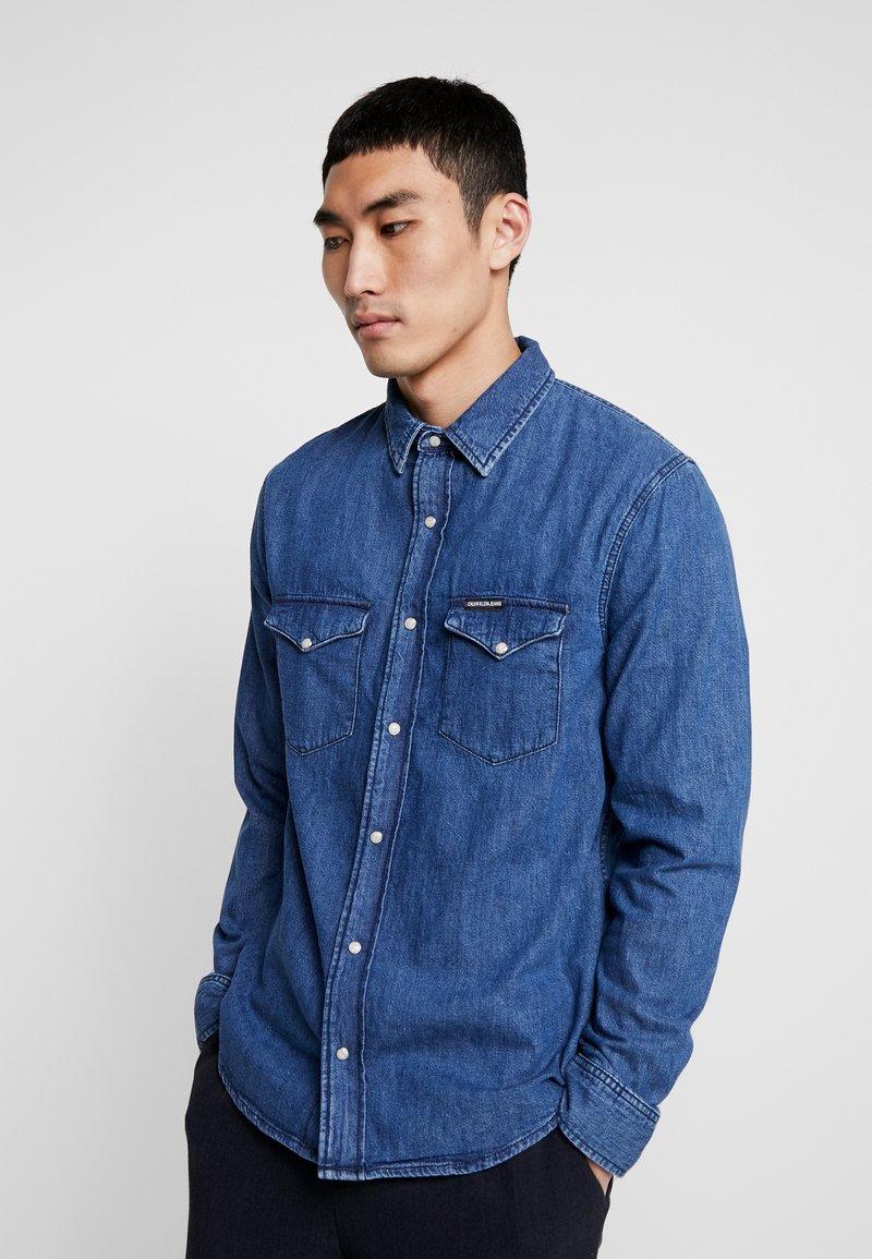 Calvin Klein Jeans - MODERN WESTERN - Shirt - mid blue