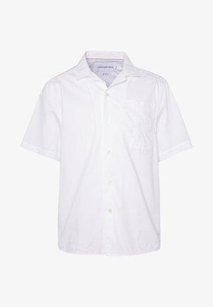 RELAXED - Skjorta - bright white