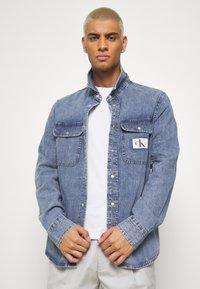 Calvin Klein Jeans - ARCHIVE REGULAR  - Chemise - mid blue - 3