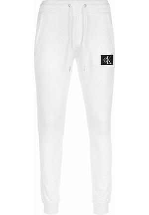JOGGINGHOSE MONOGRAM PATCH HWK - Trainingsbroek - bright white