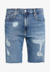 Calvin Klein Jeans - SHORT DESTROYED PRIDE - Džínové kraťasy - painters blue - 4