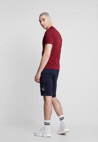 Calvin Klein Jeans - MONOGRAM PATCH SHORT - Shorts - night sky - 2
